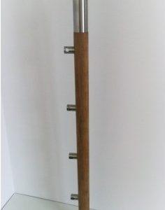 Ąžuolinis statramstis su strypo laikikliais: Ø = 42.4 mm__ aukštis 960 mm__Kaina: 57,85 € + PVM
