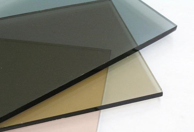 Tonuotas stiklas